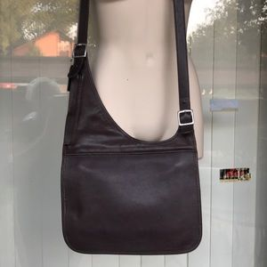 Vintage Coach brown leather Crossbody bad